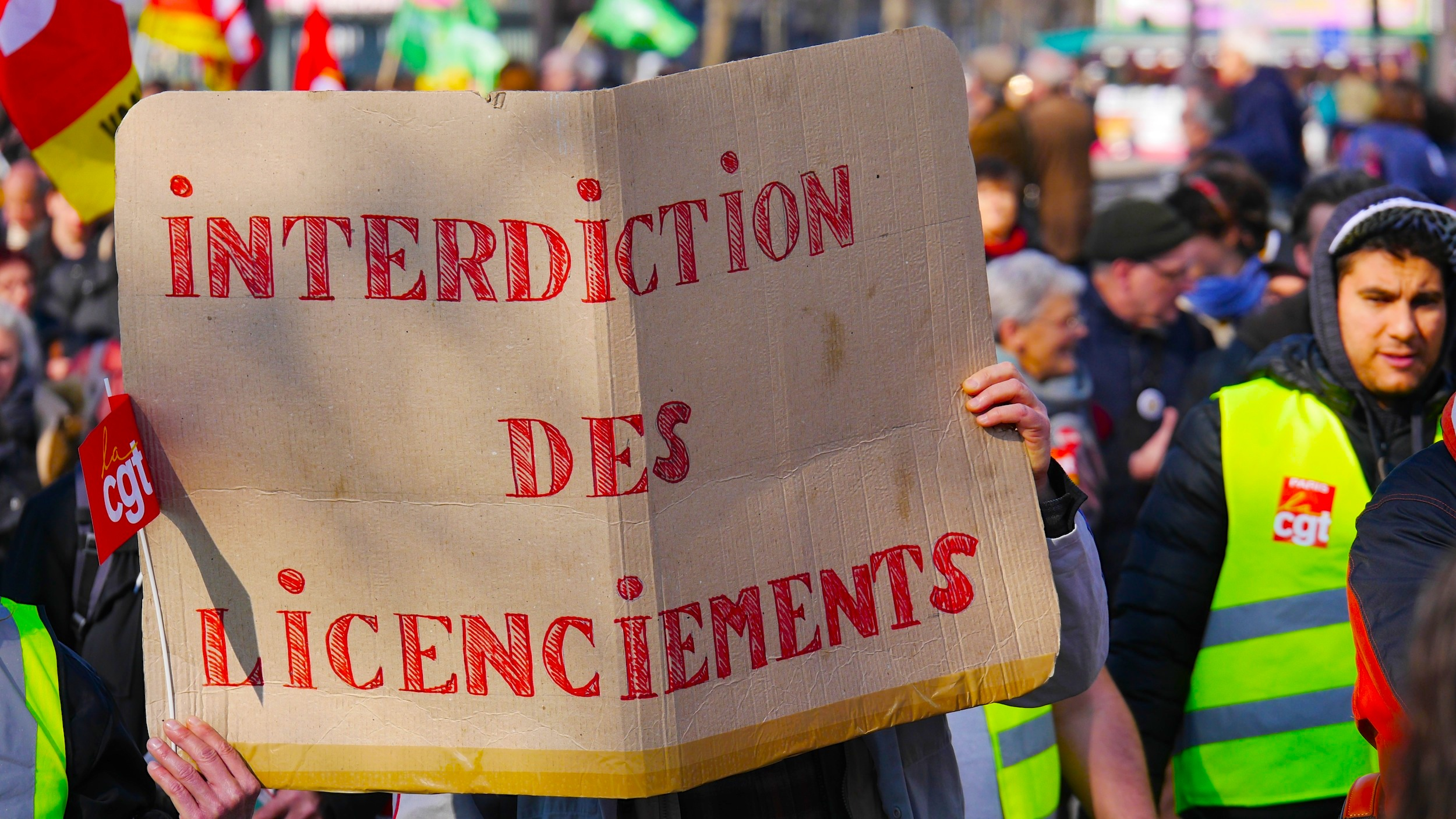 «Interdiction des licenciements»